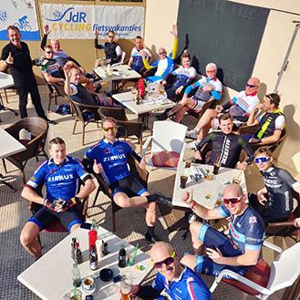 ciclistas mallorca bar la terraza
